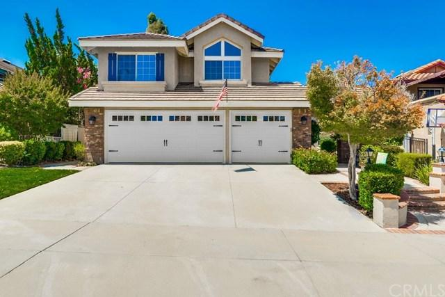 2310 Whiteoak Lane, Corona, CA 92882 (#OC19161667) :: Fred Sed Group