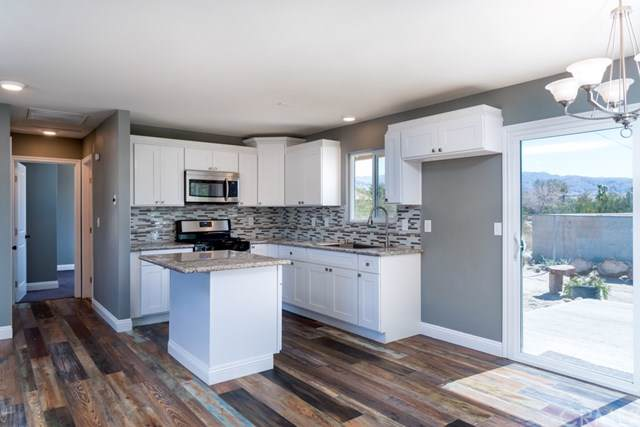 16200 Via Vista, Desert Hot Springs, CA 92240 (#SW19169570) :: Doherty Real Estate Group