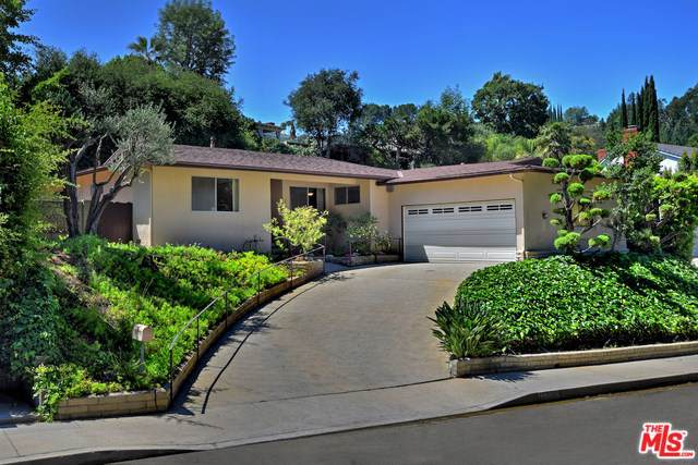 3242 Berry Drive, Studio City, CA 91604 (#19488752) :: Fred Sed Group