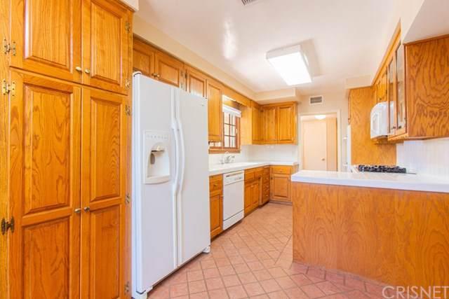 8400 Moorcroft Avenue, West Hills, CA 91304 (#SR19168447) :: Bob Kelly Team