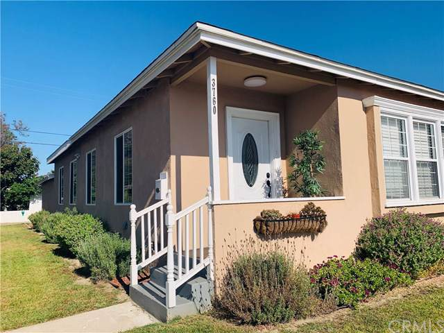 3760 Clark Avenue, Long Beach, CA 90808 (#PW19164573) :: California Realty Experts