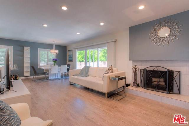 20363 Acre Street, Winnetka, CA 91306 (#19489780) :: Fred Sed Group
