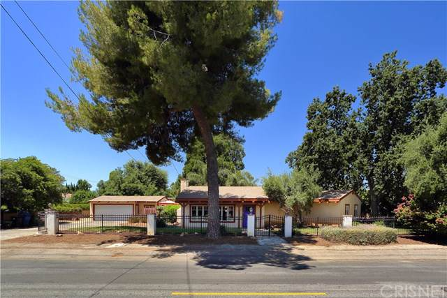 5425 Woodlake Avenue, Woodland Hills, CA 91367 (#SR19168920) :: Provident Real Estate
