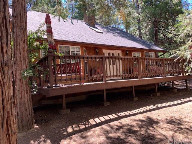 54691 Marian View Drive, Idyllwild, CA 92549 (#SW19170075) :: Rogers Realty Group/Berkshire Hathaway HomeServices California Properties