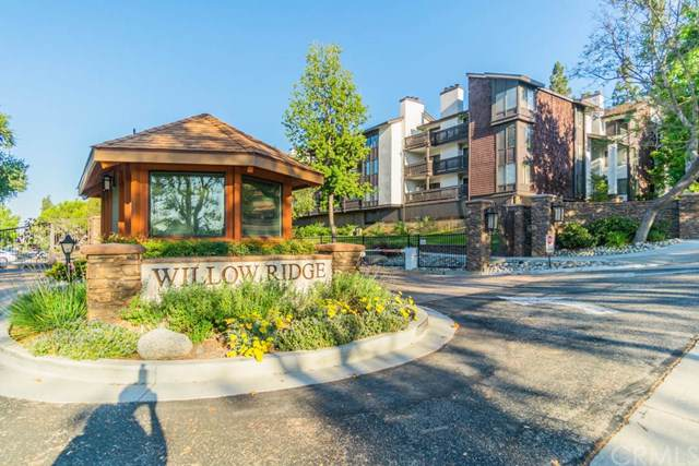 2500 E Willow Street E #110, Signal Hill, CA 90755 (#PW19167700) :: California Realty Experts
