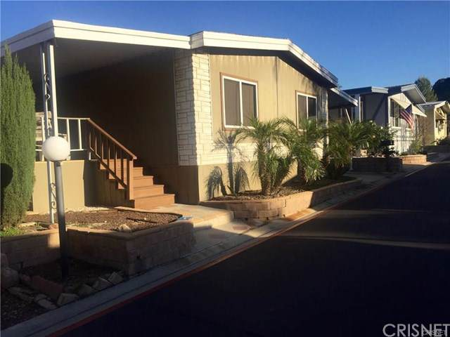 31270 Lakehills #12, Castaic, CA 91384 (#SR19170190) :: RE/MAX Masters