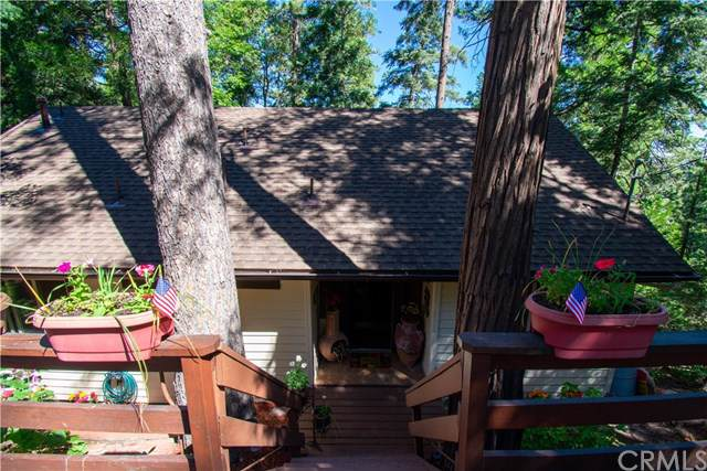 24772 Bernard Drive, Crestline, CA 92325 (#EV19170311) :: Rogers Realty Group/Berkshire Hathaway HomeServices California Properties