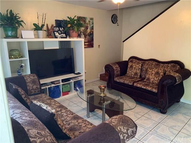 2020 W 23rd Street #9, Long Beach, CA 90810 (#PW19170323) :: Scott J. Miller Team/ Coldwell Banker Residential Brokerage