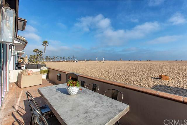 202 E Oceanfront, Newport Beach, CA 92661 (#NP19168735) :: eXp Realty of California Inc.