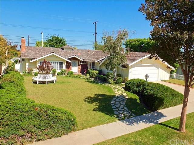 11962 Davenport Road, Rossmoor, CA 90720 (#PW19169521) :: Fred Sed Group