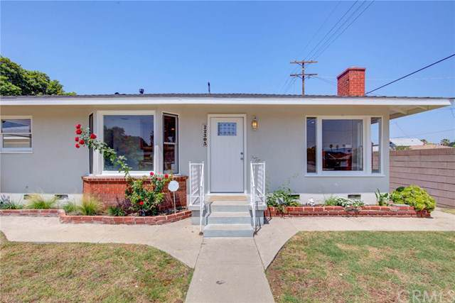 22305 Denker Avenue, Torrance, CA 90501 (#SB19160137) :: The Miller Group