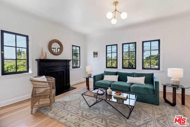500 N Bronson Avenue 1/2, Los Angeles (City), CA 90004 (#19490246) :: Bob Kelly Team