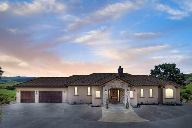 120 Merrill Road, San Juan Bautista, CA 95045 (#ML81761066) :: Z Team OC Real Estate