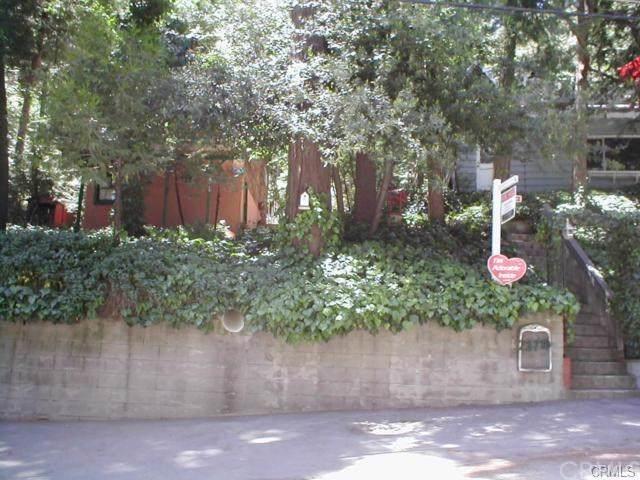 23719 Bowl Road, Crestline, CA 92325 (#EV19170204) :: Rogers Realty Group/Berkshire Hathaway HomeServices California Properties