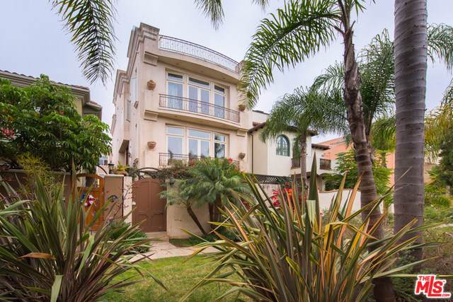 142 Union Jack Mall, Marina Del Rey, CA 90292 (#19489354) :: Abola Real Estate Group