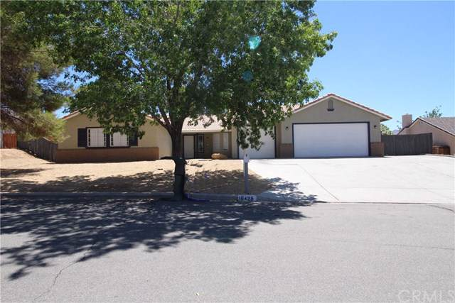 16435 Pauhaska Place, Apple Valley, CA 92307 (#CV19170936) :: Fred Sed Group