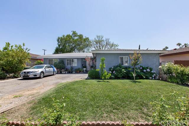 13156 Arminta Street, North Hollywood, CA 91605 (#SR19170680) :: Bob Kelly Team