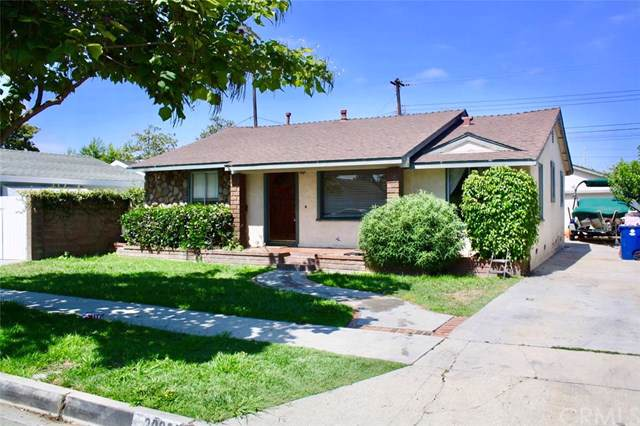 20927 Ely Avenue, Lakewood, CA 90715 (#PW19171157) :: The Marelly Group | Compass