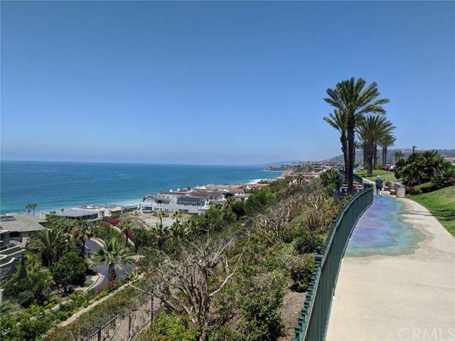 34130 Selva Road #260, Dana Point, CA 92629 (#OC19171231) :: Berkshire Hathaway Home Services California Properties