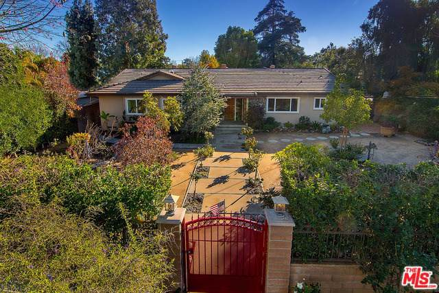 23154 Dolorosa Street, Woodland Hills, CA 91367 (#19490504) :: The Marelly Group   Compass