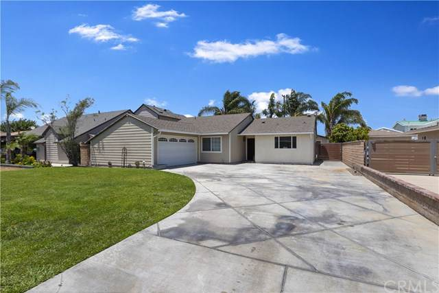9721 Imperial Avenue, Garden Grove, CA 92844 (#SW19170738) :: Fred Sed Group