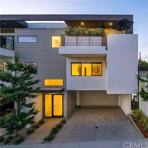 1777 Mathews Avenue, Manhattan Beach, CA 90266 (#SB19171475) :: Naylor Properties