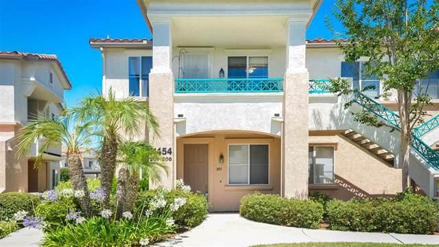 11454 Via Rancho San Diego #207, El Cajon, CA 92019 (#190039904) :: Steele Canyon Realty