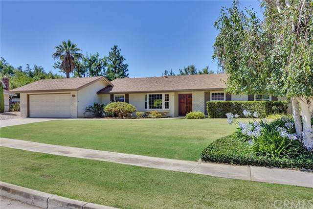 372 Los Robles, Redlands, CA 92373 (#EV19167893) :: A|G Amaya Group Real Estate