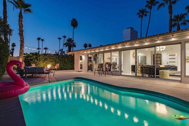 2233 S Broadmoor Drive, Palm Springs, CA 92264 (#19489266PS) :: Fred Sed Group
