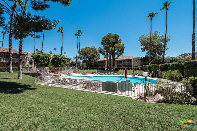 2170 S Palm Canyon Drive #18, Palm Springs, CA 92264 (#19490448PS) :: Fred Sed Group