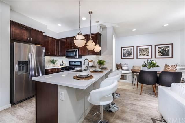 111 Red Brick Drive #5, Simi Valley, CA 93065 (#OC19171574) :: Z Team OC Real Estate
