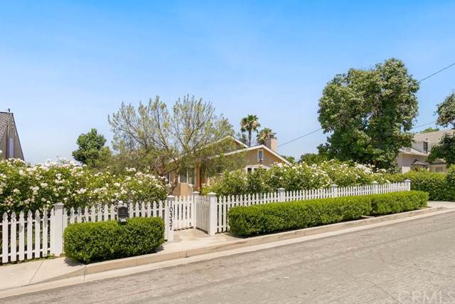 10337 Kimbark Avenue, Whittier, CA 90601 (#PW19169935) :: Fred Sed Group