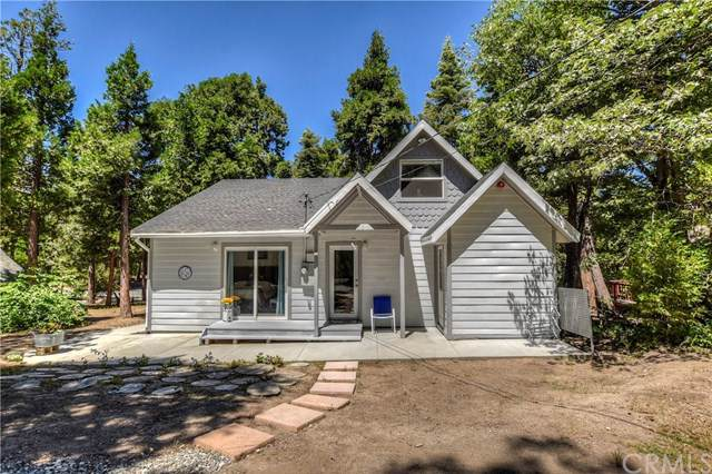 813 Burnt Mill Road, Lake Arrowhead, CA 92352 (#EV19169695) :: The Marelly Group | Compass
