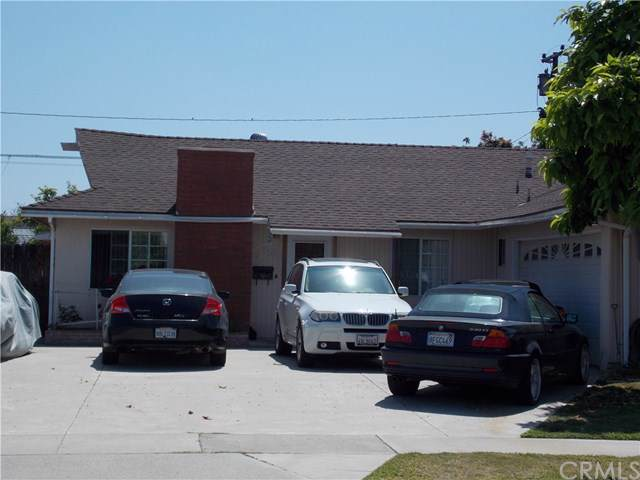 15882 Lava Way, Westminster, CA 92683 (#PW19171993) :: Fred Sed Group