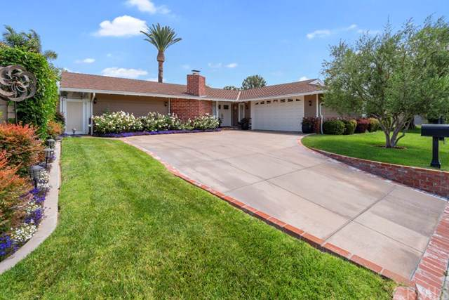 1618 Irvine Avenue, Newport Beach, CA 92660 (#NP19172002) :: OnQu Realty