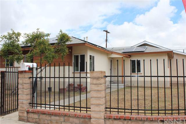 9070 Cranford Avenue, Arleta, CA 91331 (#SR19172044) :: The Miller Group
