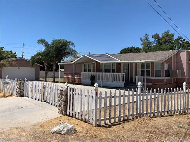 33230 Mission, Wildomar, CA 92595 (#PW19171442) :: The Marelly Group   Compass