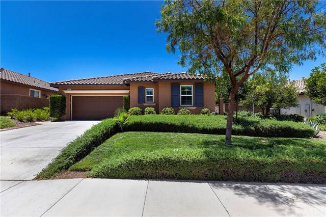 35621 Silverweed Road, Murrieta, CA 92563 (#SW19171808) :: The Marelly Group | Compass