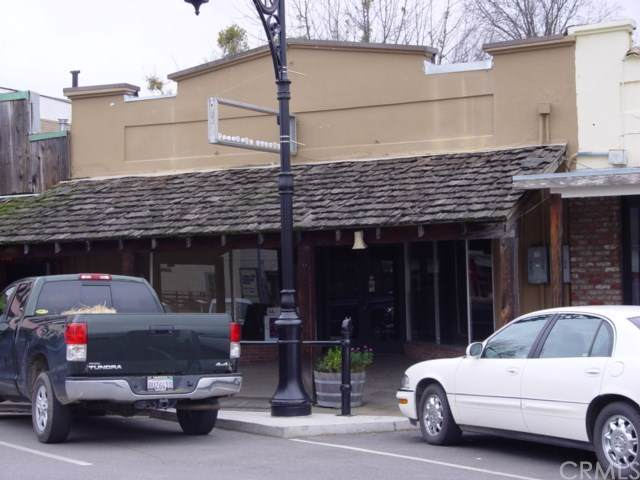 9449 Main Street, Upper Lake, CA 95485 (#LC19172383) :: Fred Sed Group