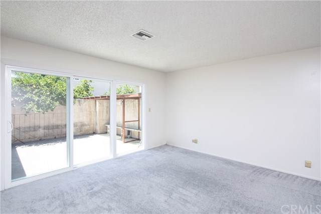 220 N Moore Avenue D, Monterey Park, CA 91754 (#WS19172163) :: Fred Sed Group
