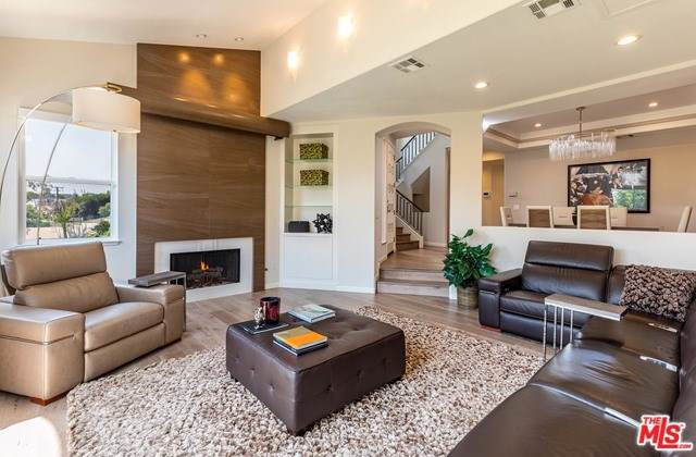 6467 Zuma View Place #158, Malibu, CA 90265 (#19489600) :: The Marelly Group | Compass