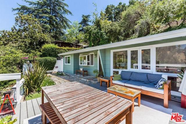 3055 Valevista Trail, Los Angeles (City), CA 90068 (#19490748) :: Mainstreet Realtors®