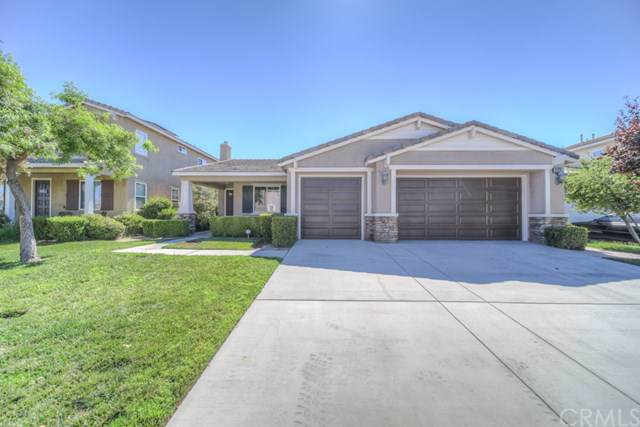 27874 Lakes Landing Drive, Menifee, CA 92585 (#SW19170968) :: The Miller Group