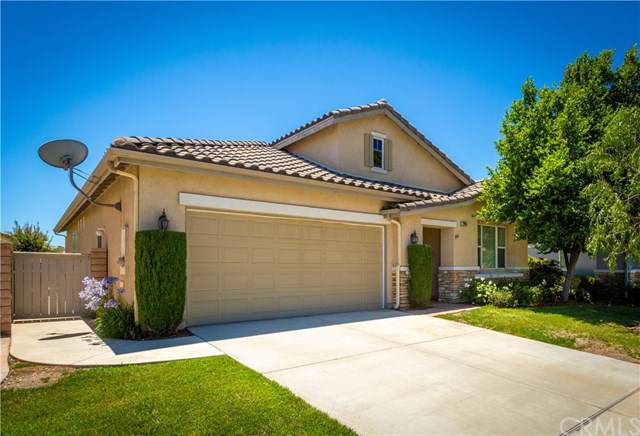 27945 Whisperwood Drive, Menifee, CA 92584 (#SW19172591) :: The Laffins Real Estate Team