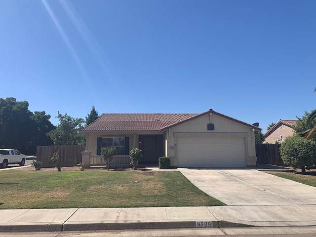 3725 Prospect Avenue, Visalia, CA 93291 (#ML81761409) :: Berkshire Hathaway Home Services California Properties