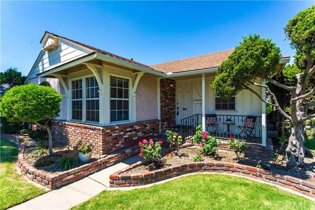 7839 Comolette Street, Downey, CA 90242 (#PW19160785) :: Fred Sed Group