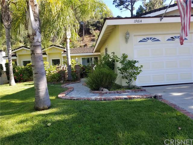 19614 Green Mountain Drive, Newhall, CA 91321 (#SR19172918) :: Naylor Properties