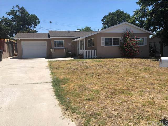 5867 Dogwood Street, San Bernardino, CA 92404 (#OC19173115) :: The Najar Group