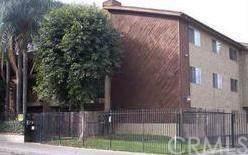8505 Columbus Avenue #211, North Hills, CA 91343 (#IN19173188) :: The Darryl and JJ Jones Team