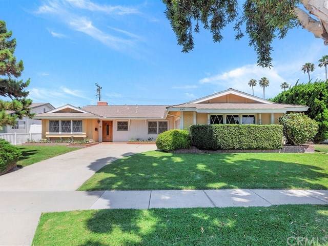 3149 Madeira Avenue, Costa Mesa, CA 92626 (#NP19173244) :: Fred Sed Group